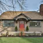 Maximize curb appeal to sell your home