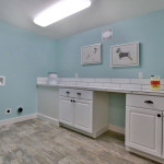 West Linn staged laundry room