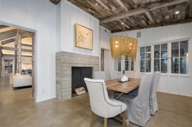 The Modern Farhouse Resort Dining Room