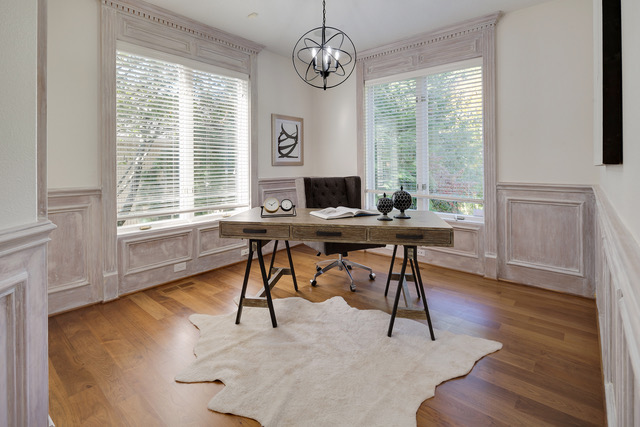 Staging an office in Portland's Forest Heights